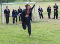 Mikkel løber for livet...
